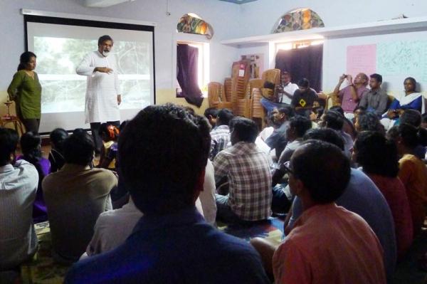 sunanda_bhat_24-3-13_gudalur_screening_735_web